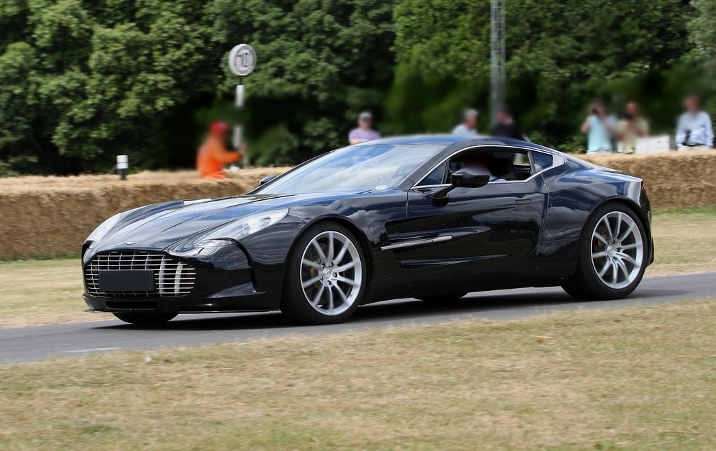 Aston Martin One-77 Matte Black