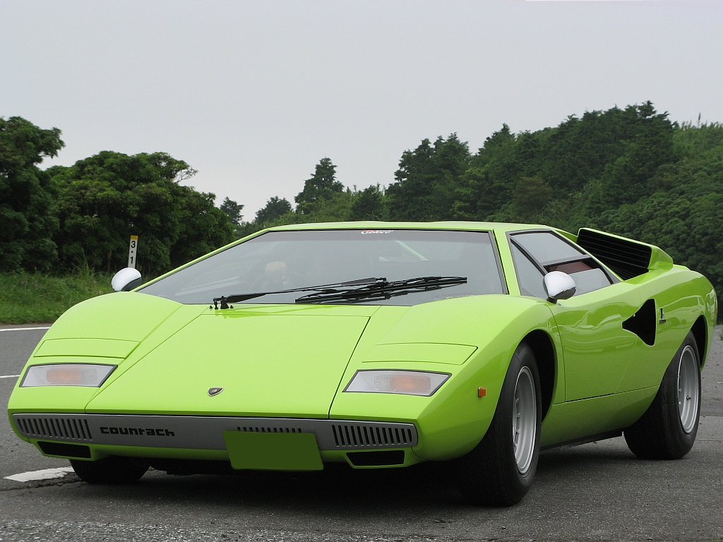 Lamborghini Countach Wallpaper Green Www Pixshark Com Images Galleries With A Bite
